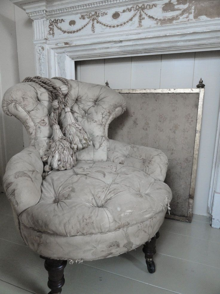 Dove Gray Home Decor ♅ victorian tufted chair and shabby chic ...