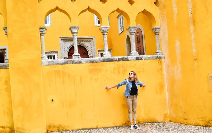 New post on the blog about Sintra :) http://ejnets.blogspot.pt #sintra #blogger #travel #visitportugal #portugal #lisboa #travelblogger #czechblogger #yellow