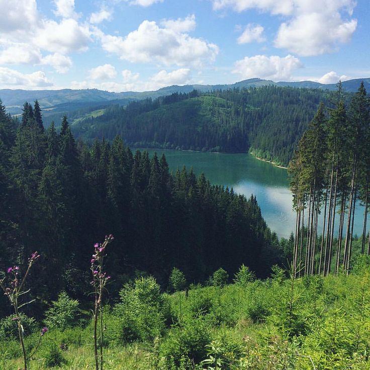 Our last tracking photo ...  Последний поход вокруг озера открыл множество живописных мест . #creativephototeam #travelphoto #traveling #slovakia #mountains #lake #travel #trekking #backpacking #backpacker
