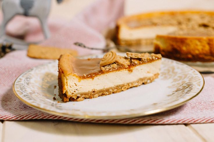 Weihnachtlicher Double - Caramel - Cheesecake mit Spekulatiusboden ( Christmas is Spekulatius Time! )