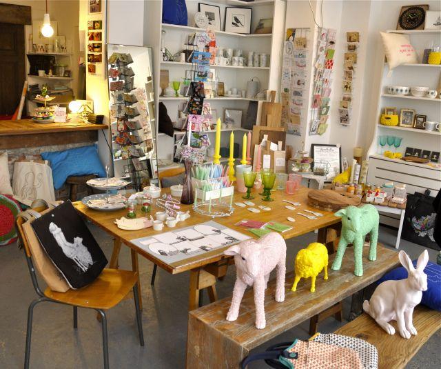 Kunsthaltestelle Marktstraße 147 20357 Hamburg Tel.: 040 20 23 60 07 Geöffnet täglich von 12 bis 18 Uhr