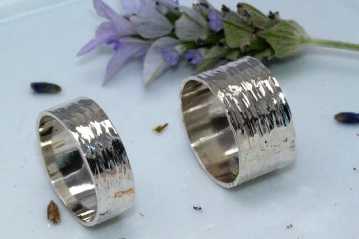 Wedding Band Set Hammered Silver, Set Of Wedding band - for Women And Men, Set Of Wedding Ring, Modern Wedding Rings, Sterling Silver bands by LIRANSHANI on Etsy