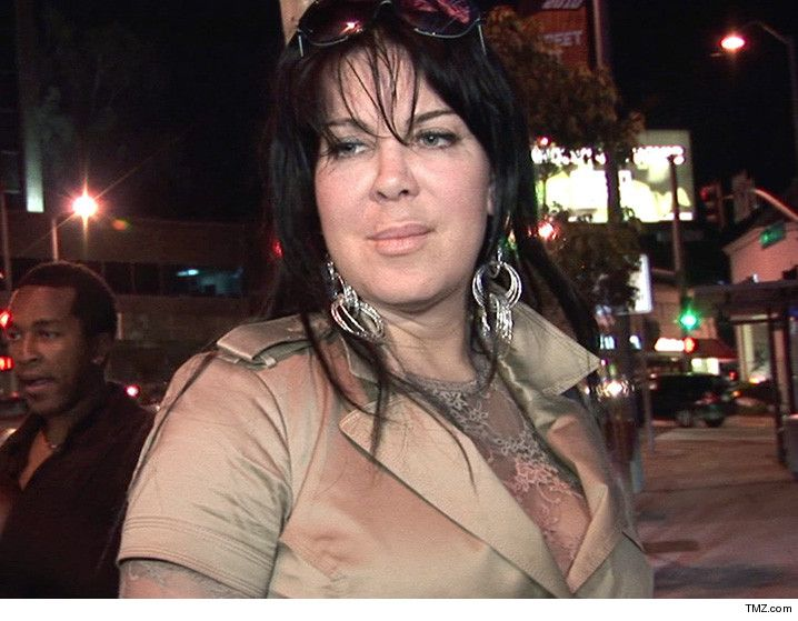 WWE legend Chyna dies from an overdose after appearing on #Botched for #breastsurgery supposedly #drugfree. Read more: