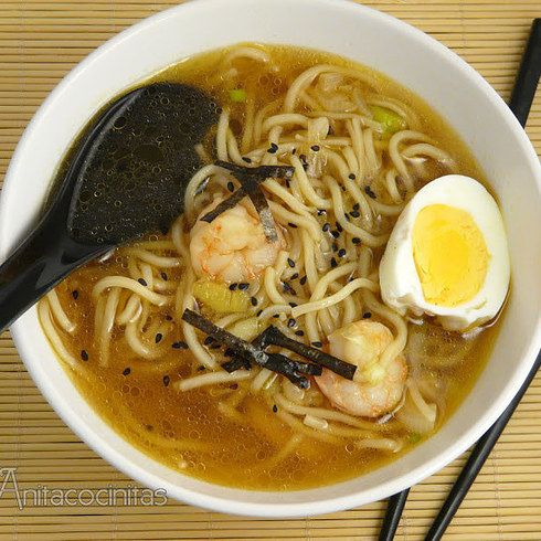 Haz una sopa china con fideos en 10 minutos. ¡De verdad! | 16 Deliciosas recetas de comida china que puedes hacer en casa