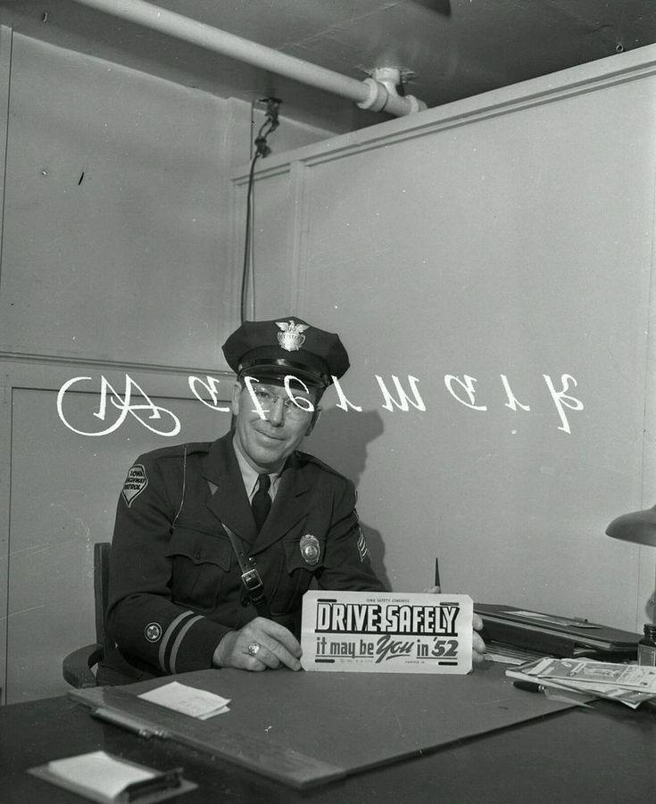 "1952 Iowa Safety LICENSE PLATE Photo NEGATIVE 4""×5""Automobile 1950s State Patrol"