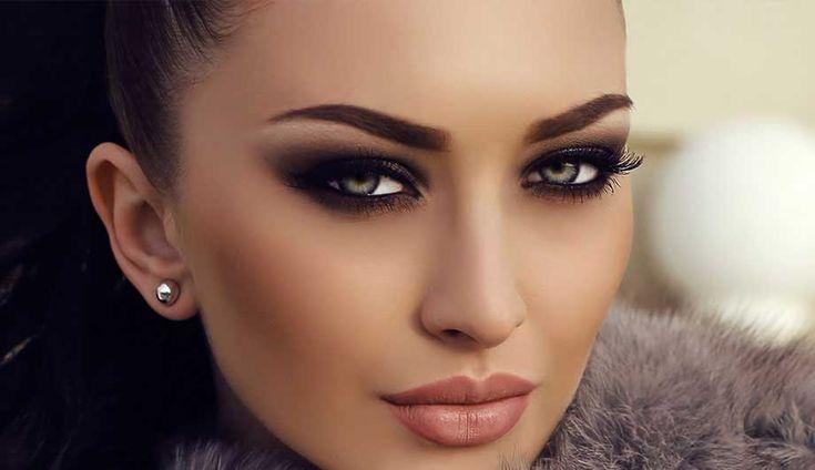 Эти простые секреты от визажистов способны перевернуть твое представление о макияже.