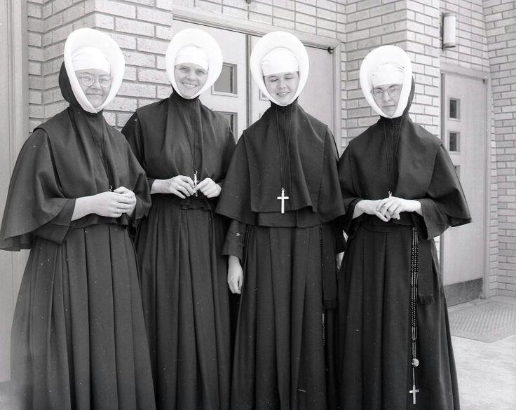 Catholic nuns and priest 6