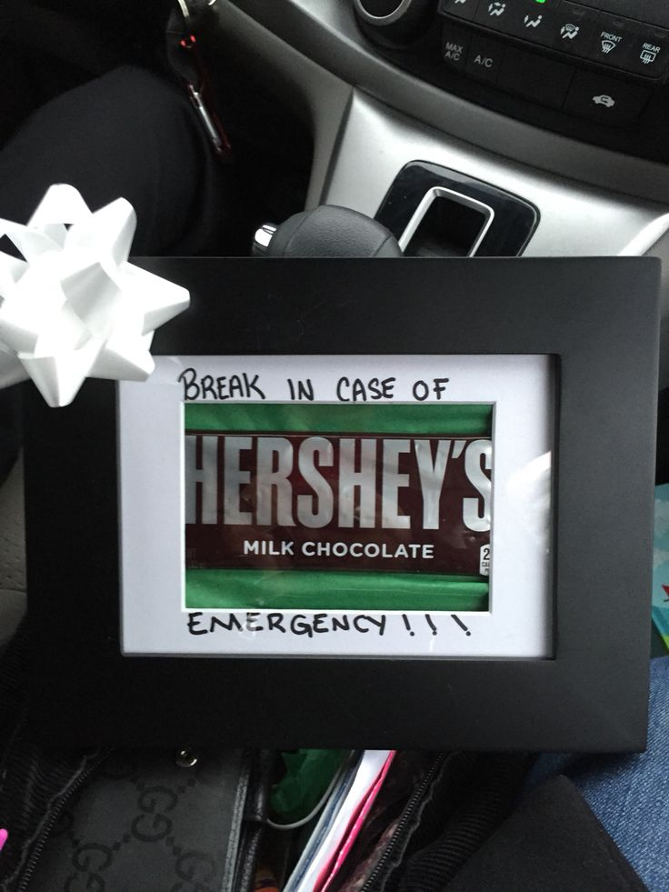 My DiY gift for boss! Great for both male and female who enjoy sweets!