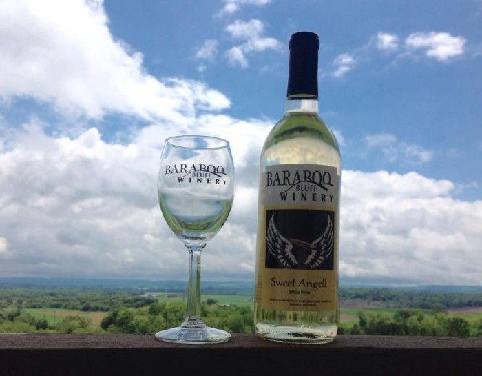 4. Baraboo Bluff Winery