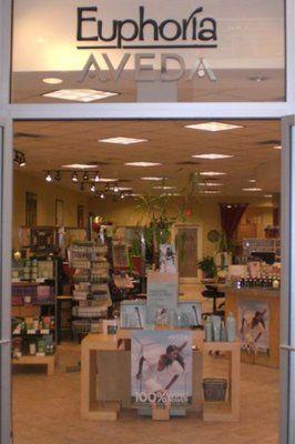 Euphoria Salon & Spa | (716) 685-8700 | Walden Galleria, 1 Walden Galleria G-108 | Buffalo, NY 14225
