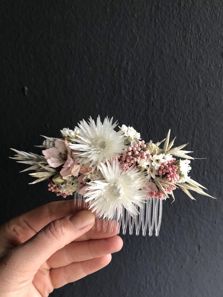 Series INNOCENT, floral hair comb, dried flowers/ hair cromp, Dried flowers   Getrocknete blumen
