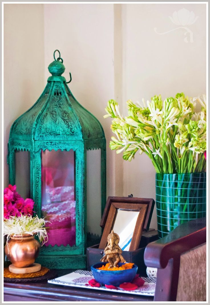 India inspired vignette + love the teal accents