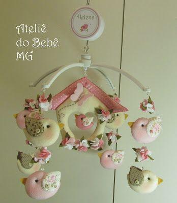 Ateliê do Bebê MG: Móbile Musical Pássaros ( Helena )