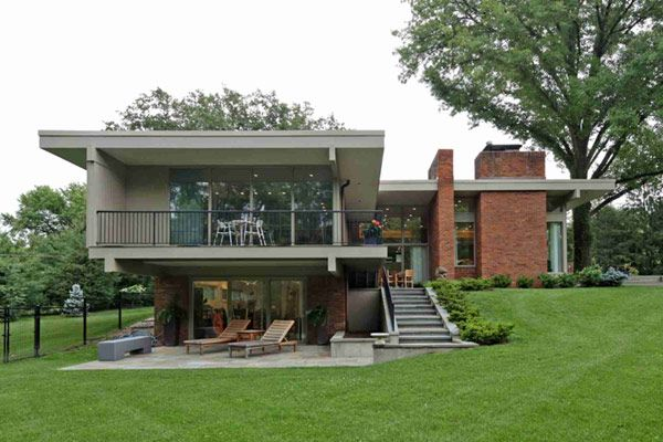 Mid century modern home design by Ted Christner in St Louis MO