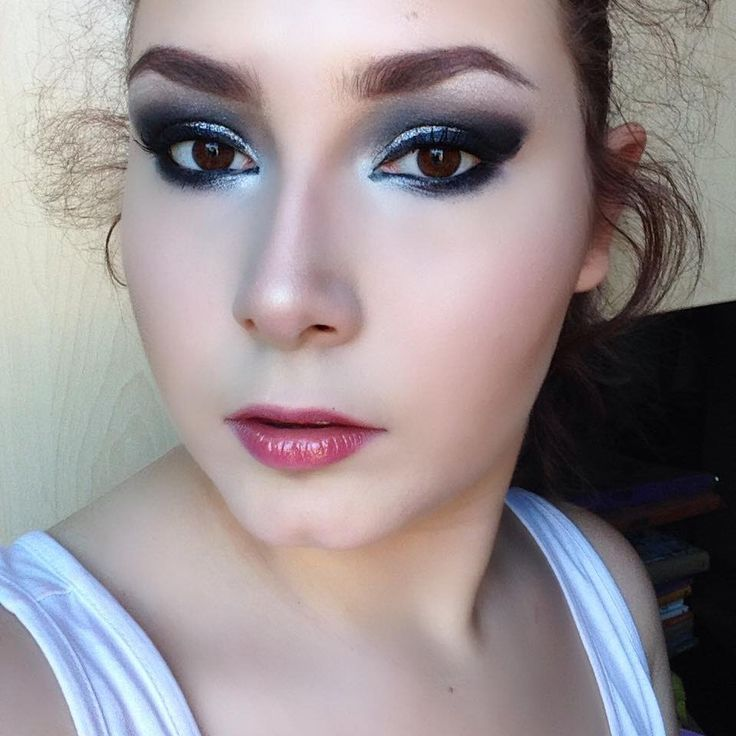 Tutorial Trucco da DISCOTECA - Smokey Eyes Argento Makeup Tutorial