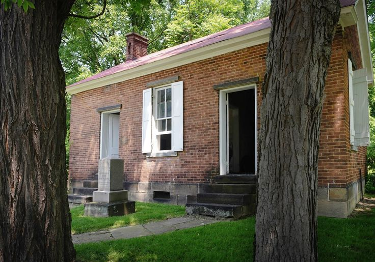 A big day in little Washington, Pa.: In a day unlike any in its history, thousands of people descended on the Southwestern Pennsylvania county seat of Washington on Dec. 6, 1876. Doctors, journalists and others witnessed the start of the modern cremation movement — the first use of a purpose-built crematory on U.S. soil.