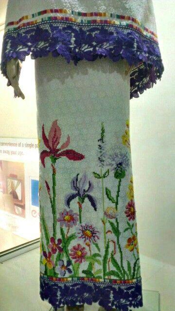 Beautiful cross stitch rida