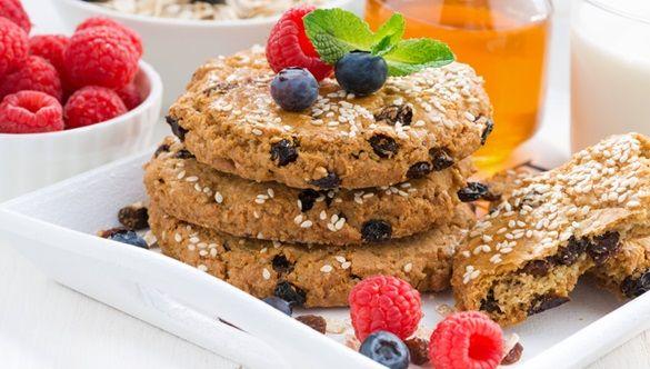 Skąd się wzięła popularność ciasteczek proteinowych? Jak wybrać te najlepsze?