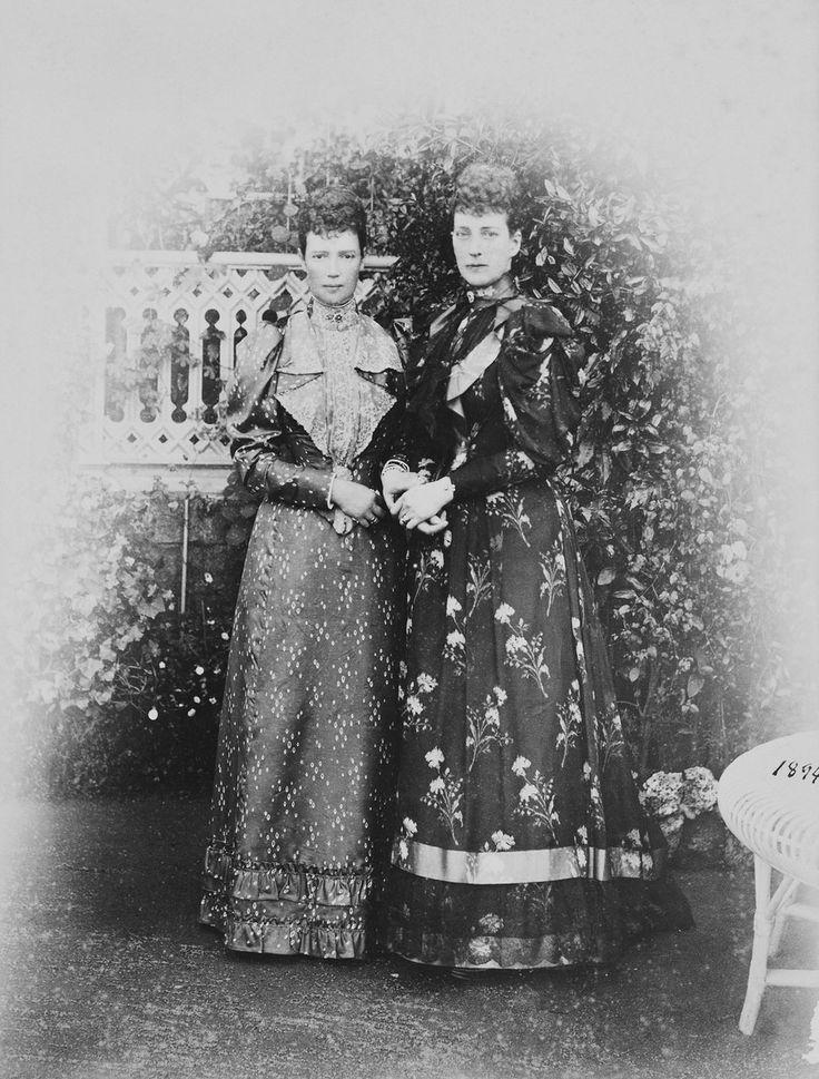 Maria Feodorovna and her Sister Alexandra. 1894.