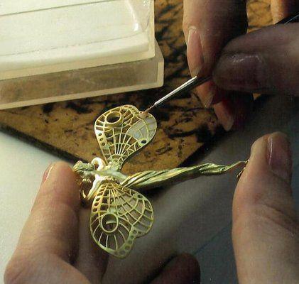 ISADORAS: Plique-a-jour Jewelry