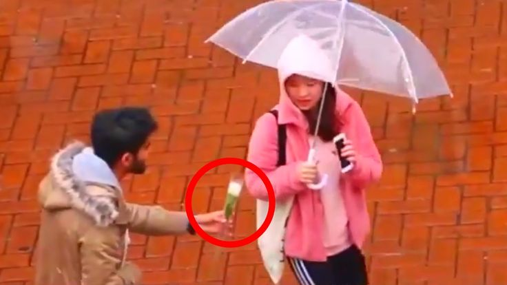 giving japanese girls flowers ( social experiment )