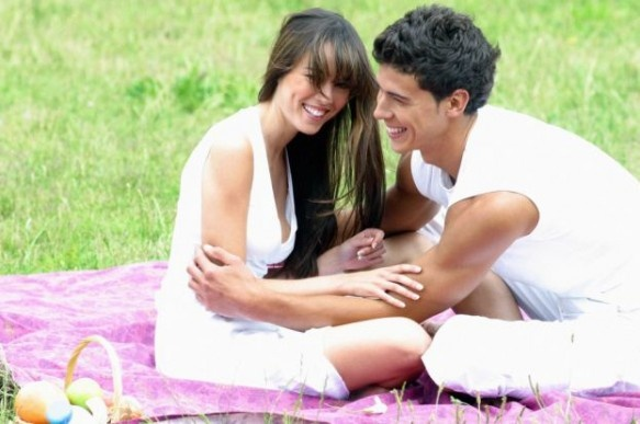 Trei gesturi romantice pe care sa le faci oricand on http://www.fashionlife.ro