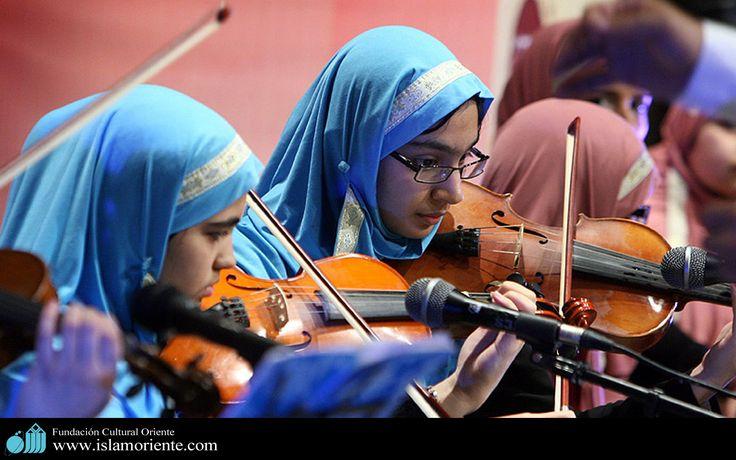 Mujer Musulmana y Arte   Galería de Arte Islámico y Fotografía