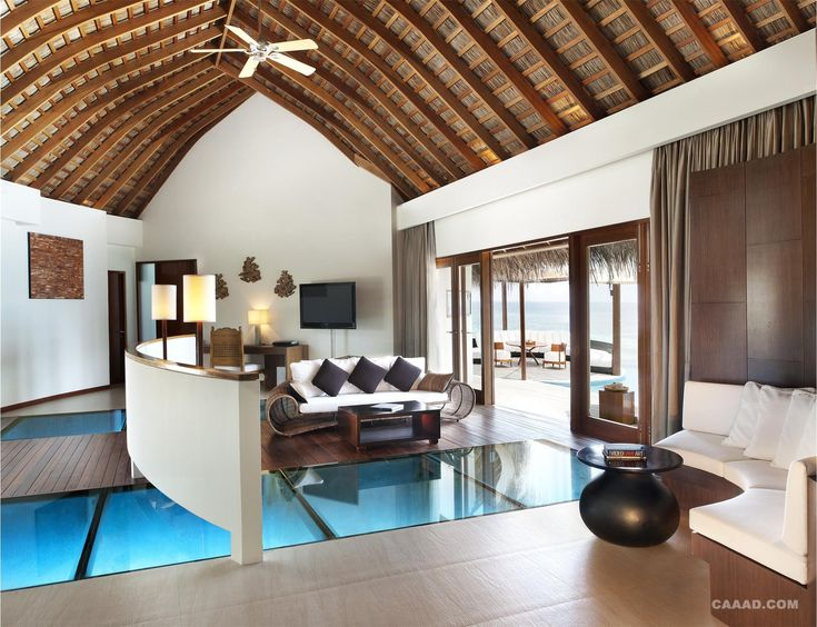 Hut Homes Built Over Ocean With Gl Floor 马尔代夫w水疗度假酒店