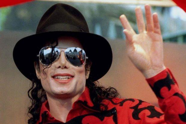 Konsert 'Thriller' Kenang Michael Jackson Di KL Mac Depan  Sempena meraikan dan memperingati Raja Pop legenda, Michael Jackson, satu persembahan muzikal 'Thriller Live' akan diadakan di Stadium Putra, Bukit Jalil, di sini dari 19 hingga 25 Mac depan...