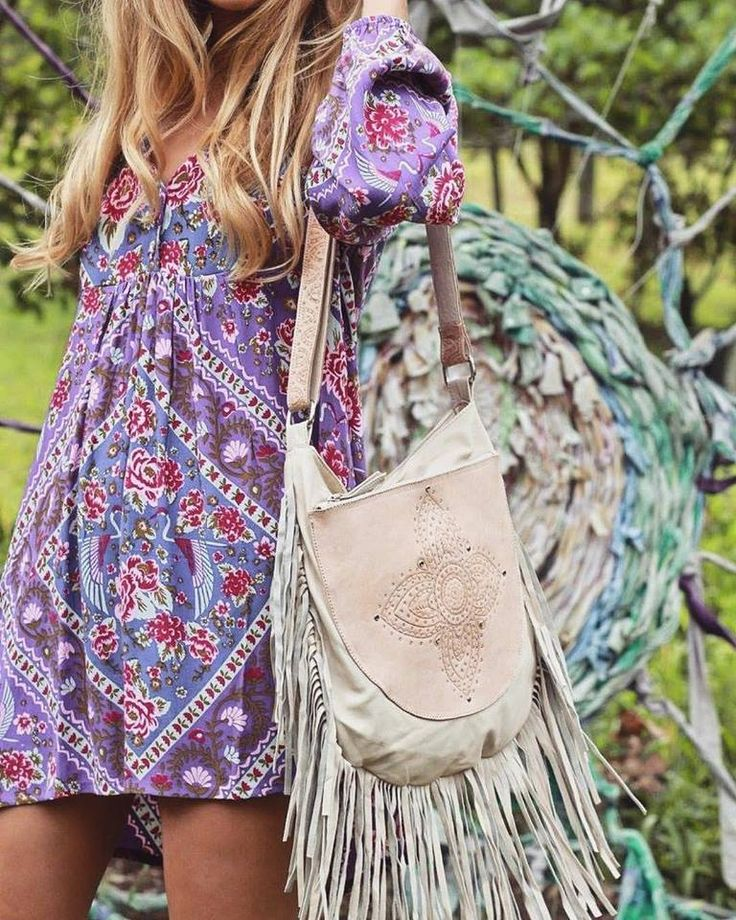 Boho chic style in our Sienna Boho Bag in cream leather and Demelza Dress in berry.  #bohochic #bohooutfit #bohostyle #bohemianoutfitinspo #leatherbag #handmade