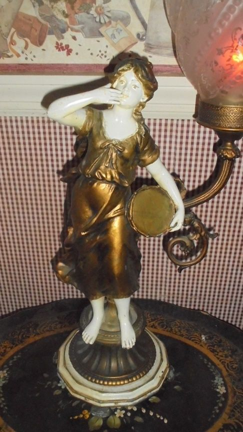 Gorgeous Art Nouveau Figurine Torch Lamp Spelter French