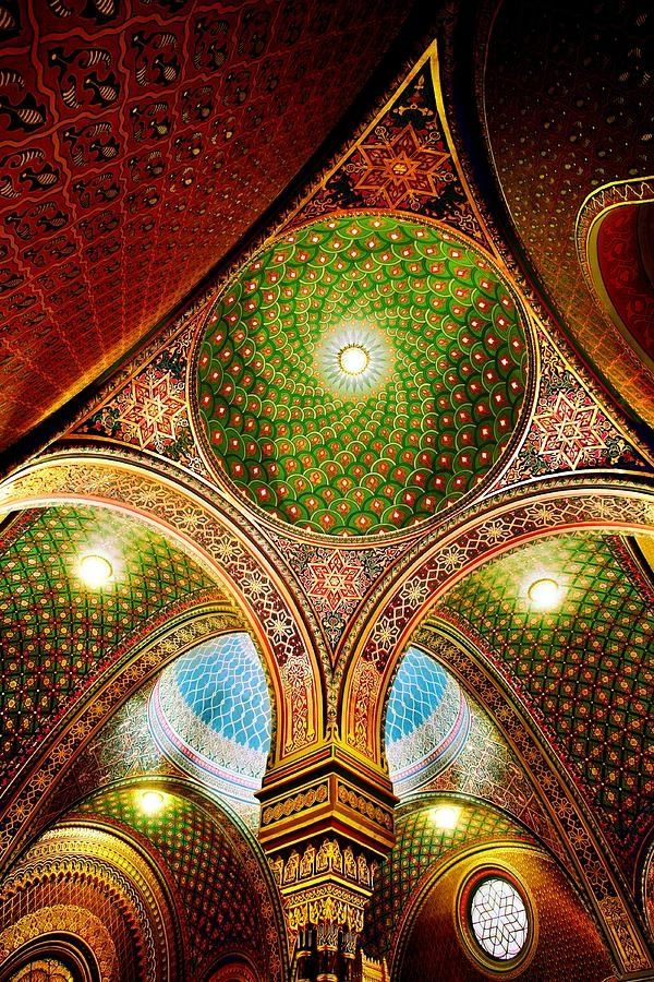 Spanish Synagogue, Prague, Czech Republic Wow! The color! The detail! The swirls! The arches!