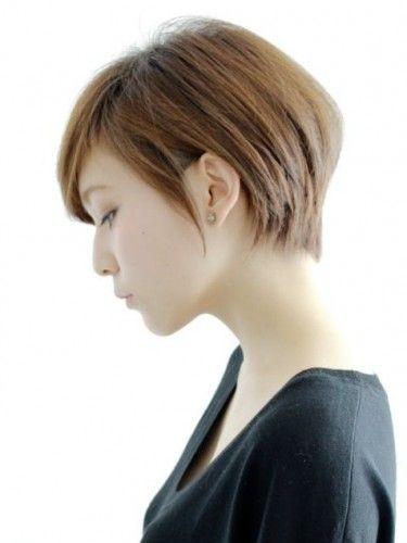 大人のシンプルクールショートヘア