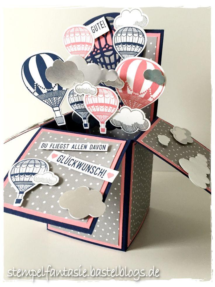 """Der Wunsch der Gastgeberin bei meinem letzten Workshop war eine Card in a box zum Geburtstag der bald 18-jährigen Tochter. Eine Card in a box hatte ich schon länger nicht mehr gemacht und ich habe mich sofort dran gemacht, etwas Schönes zu gestalten. Das Produktset """"Abgehoben"""" passt da richtig gut. Als Basis habe ich Marineblau gewählt. Die […]"""