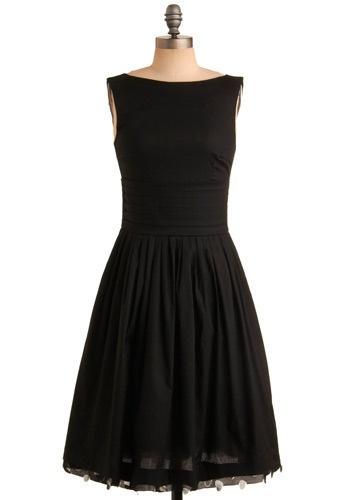 Classic Audrey Hepburn dress!!! Want want!!!
