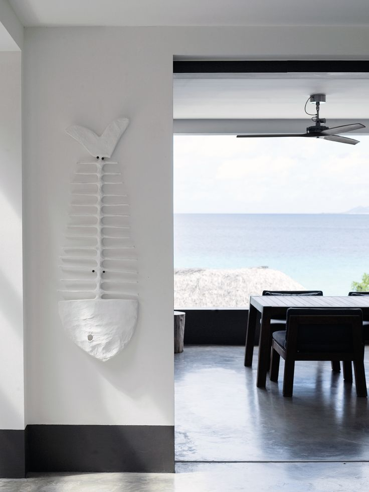 Piet Boon Styling by Karin Meyn | Black and white beachhouse