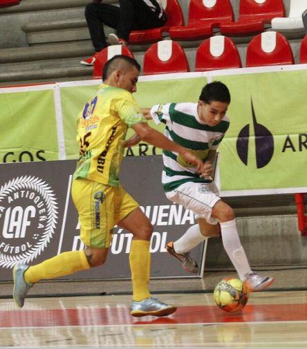 Un gran 3-3 se presenció en el coliseo de la Universidad de Medellín por la sexta fecha entre #RealAntioquia y #RealBucaramanga. #FútbolRevolucionado