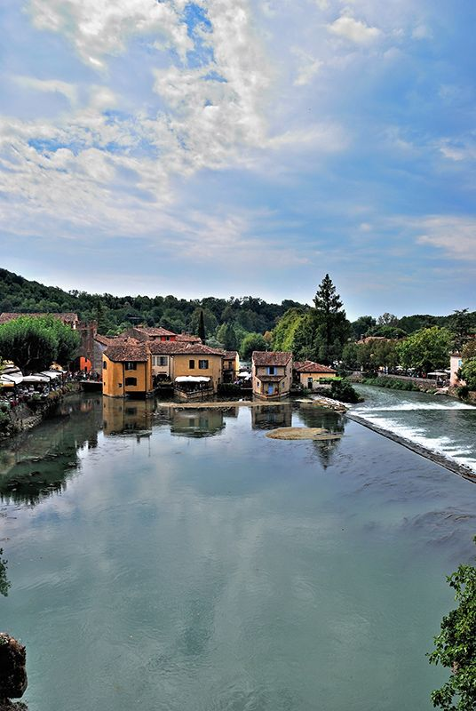 Homes on river Mincio, Borghetto sul Mincio, Italy Copyright: Giorgio Mercuri