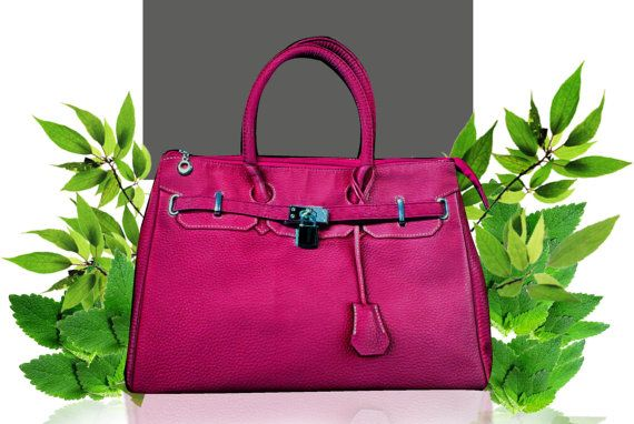 Love this pink bag!