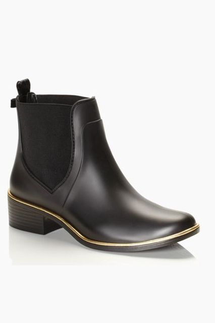 31 Stylish Rain Boots You'll Want To Wear Rain or Shine #refinery29  http://www.refinery29.com/fall-rainboots#slide-5