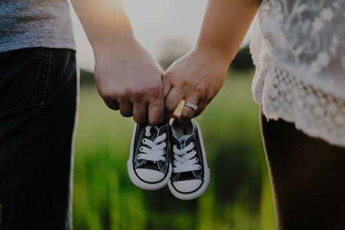 Se state provando ad avere un bambino da diverso tempo, potete pensare a un test fai da te sullo sperma. Nella metà dei casi, infatti, è l'uomo ad avere problemi di fertilità ma è anche quello che tarda di più a rivolgersi a uno specialista.