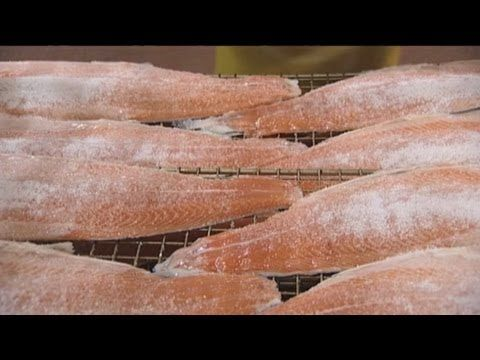 Showing the process of salting and cold-smoking salmon. Part of the Seafish eLearning smoking training programme.