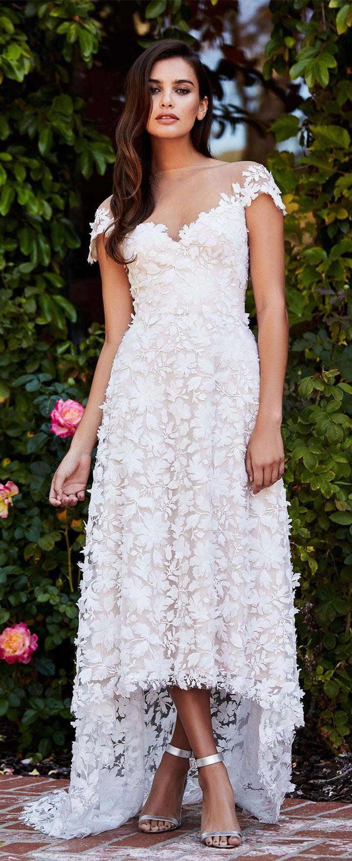 Cap sleeves a line wedding dress Tadashi Shoji bridal fall 2018 #weddingdress #wedding #weddinggown