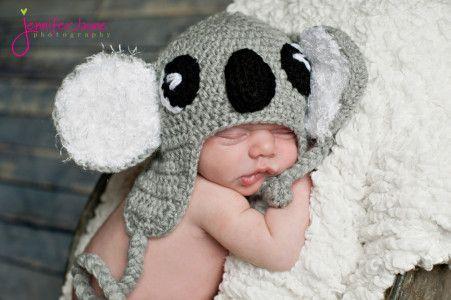 koala crochet hat ~ free pattern (I've been looking for a kola bear hat for the longest time..I love it)