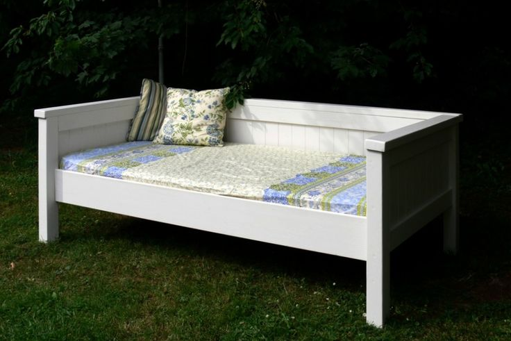 Simple Daybed/Farmhouse-Bed-Hybrid | Do It Yourself Home Projects from Ana White