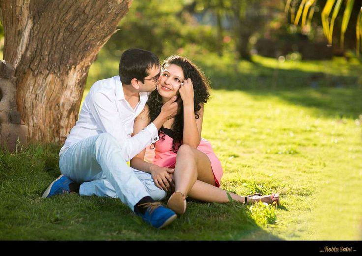 Pre Wedding Photo Shoot Poses For Every Couple Ideas
