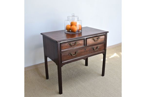 Antique Chest Of Drawers, Mahogany Side Table, Georgian Lowboy, Bedside Table   Vinterior