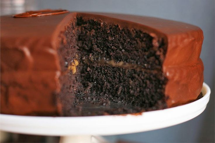 Cinnamon Girl: Vegan Sachertorte