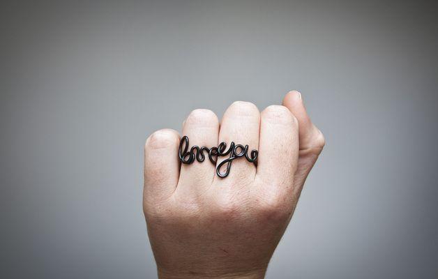 Anelli - Anello con scritta personalizzata, fatto a mano - un prodotto unico di SilviaWithLove su DaWanda
