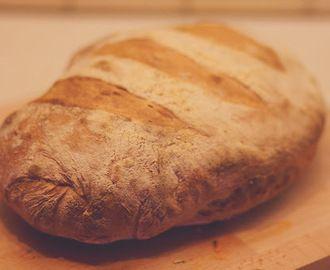 Illatos, ropogós házi kenyér